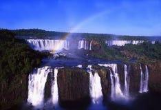 Iguacuwatervallen bij de pensionair van Brazilië, Argenina en Paraguay royalty-vrije stock foto
