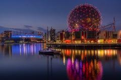 Igualación de vista del edificio moderno en Vancouver foto de archivo libre de regalías