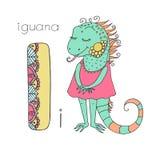 Iguane mignon avec les yeux fermés dans la robe rose Photographie stock