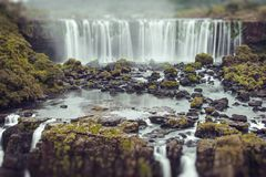 Iguassu Falls, the largest series of waterfalls of the world, vi Royalty Free Stock Images