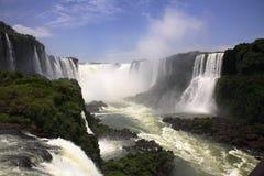 Iguassu (Iguazu; Caduta di Iguaçu) Immagine Stock