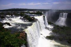 Iguassu (Iguazu; Iguaçu) Dalingen - Grote Watervallen Royalty-vrije Stock Fotografie