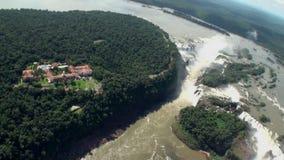 Iguazu Falls Visión desde la carlinga del helicóptero almacen de metraje de vídeo