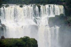 Iguazu (Iguassu) nedgångar Arkivfoton