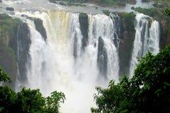 Iguazu (Iguassu) nedgångar Arkivbild