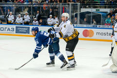 Igumnov Ivan 56 på hockeyleken Royaltyfria Bilder