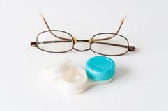 Ihre auserlesenen Gläser oder Kontaktlinsen Stockfotografie