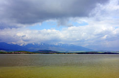 ii湖liptovska mara斯洛伐克 库存图片