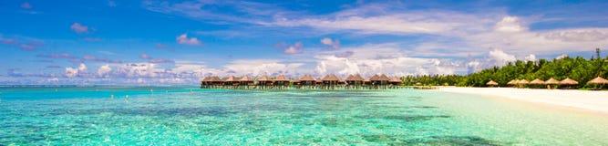 iidyllic热带海滩全景与 图库摄影