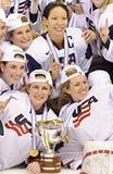 IIHF kobiet Lodowego hokeja Światowy mistrzostwo Kanada v usa - złotego medalu dopasowanie - obraz stock