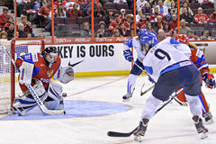IIHF kobiet Lodowego hokeja Światowy mistrzostwo Rosja v Finlandia - brązowego medalu dopasowanie - fotografia royalty free