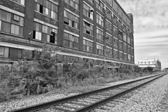 III покинутой городской фабрики - несенное, сломанное и забытое Стоковое Фото
