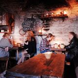 III Draakon-restaurant TALLINN, ESTLAND stock foto