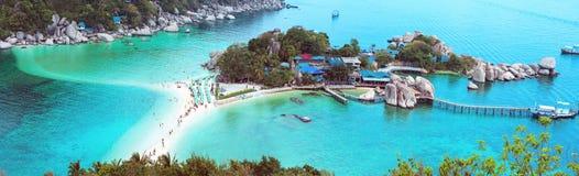 Iisland Koh Nang Yuan, Thailand. Tropical beach. Stock Photos