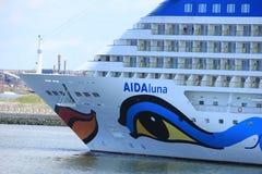 IJmuiden Nederländerna - April 29th, 2017: Aida Luna som lämnar IJmuiden Royaltyfria Bilder