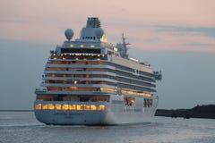 IJmuiden, os Países Baixos - 27 de julho de 2018: Crystal Serenity possuiu por Crystal Cruises Imagens de Stock Royalty Free