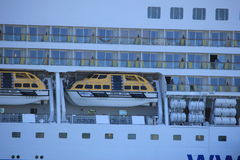 IJmuiden, Pays-Bas - 29 avril 2017 : Navires d'Aida Luna Safety Image stock
