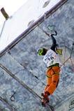 Ijs dat het Kampioenschap Busteni 2008 beklimt van de Wereld royalty-vrije stock afbeelding