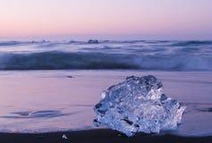 Ijs op het strand Royalty-vrije Stock Afbeeldingen