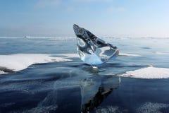 Ijs op Meer Baikal Stock Afbeeldingen