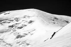 Ijs, sneeuw, hemel en bergen in Pamir Stock Afbeeldingen