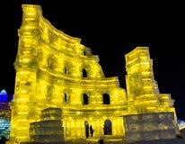 Ijsbeeldhouwwerk van Coliseum bij de het Ijs en de Sneeuwwereld van Harbin in Harbin China Royalty-vrije Stock Fotografie