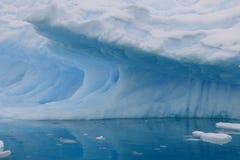 Ijsberg in Antarctica Stock Foto's