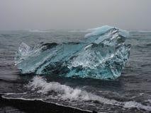 Ijsberg op Atlantische kusten Royalty-vrije Stock Foto's