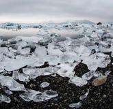 Ijsbergen bij gletsjerlagune Royalty-vrije Stock Foto