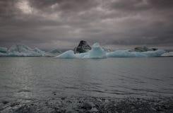 Ijsbergen in IJsland Stock Afbeelding