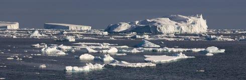 Ijsbergen - Overzees Weddell - Antarctica Stock Foto