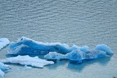 Ijsbergen van Perito Moreno Glacier Floating in het Meer Argentino, Los Glaciares Nationaal Park, Patagonië, Argentinië stock afbeelding