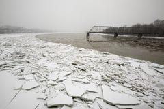 Ijsduwwen op banken van Susquehanna-Rivier Stock Afbeeldingen