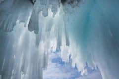 Ijskegels op Meer Baikal stock fotografie
