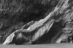 IJsland. Zuidengebied. Vik. Reynisfjara basaltachtige vormingen. Royalty-vrije Stock Fotografie