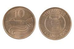 Ijslands die muntstuk op witte achtergrond wordt geïsoleerd Stock Foto's