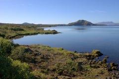 Ijslands landschap met Thingvallavatn-meer in Thingvellir Stock Foto's