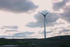 Ijslands landschap met windmolen Royalty-vrije Stock Afbeelding