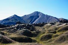 Ijslands landschap Mooie bergen en vulkanisch gebied met Royalty-vrije Stock Foto