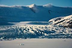 Ijslandse gletsjer bij zonsondergang Stock Foto