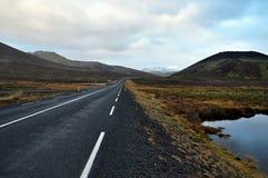 Ijslandse weg Stock Afbeeldingen