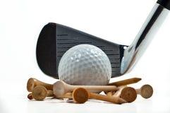 Ijzer met golfballen en T-stuk Royalty-vrije Stock Foto's