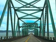 Ijzerbrug over de Rivier van Colombia in Astoria Oregon royalty-vrije stock afbeeldingen