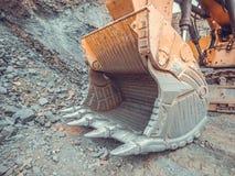 Ijzerertsmijnbouw in Liberia, West-Afrika emmer Royalty-vrije Stock Foto