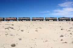Ijzerertstrein in de Sahara, Mauretanië Royalty-vrije Stock Foto's