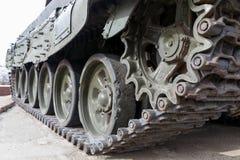 Ijzerrupsbanden van de militaire zware tank Royalty-vrije Stock Afbeeldingen
