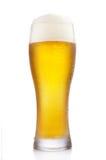 Ijzig glas bier stock foto's