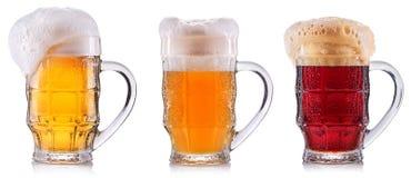 Ijzig glas geïsoleerd bier Stock Afbeelding