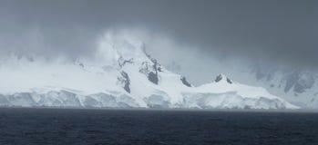 Ijzig landschap in Antarctica Stock Foto