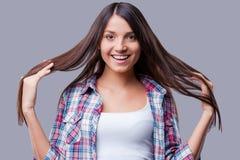 Ik houd van mijn lang haar! Stock Foto's